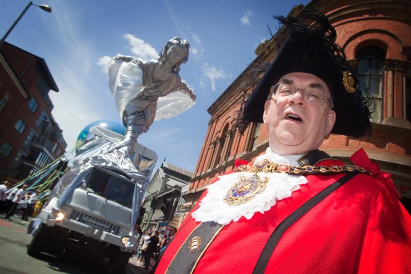 Lord Mayor at manchester day parade