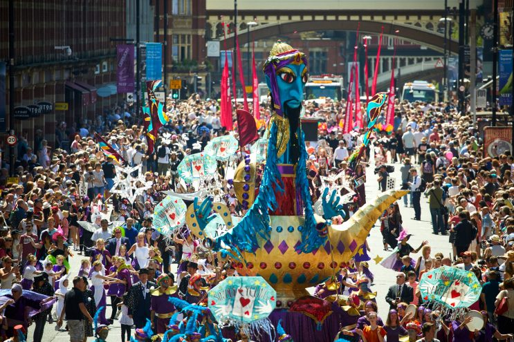 MANCHESTER DAY 2017 genie in a bottle float