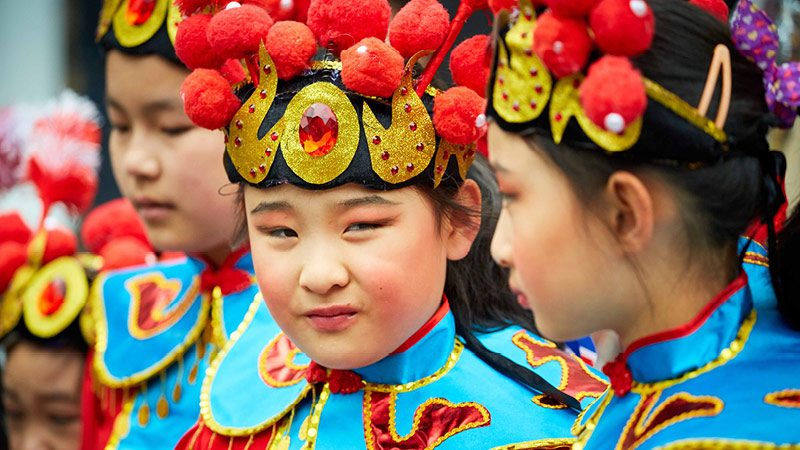 Manchester Day 2016 young chinese dancers